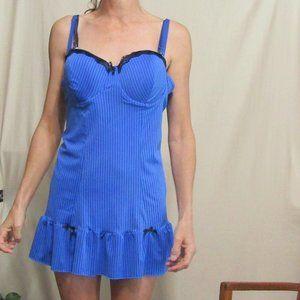 42 d blue short nightie